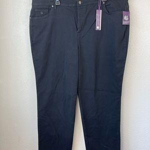 NWT Gloria Vanderbilt Women's Jean Size 22W